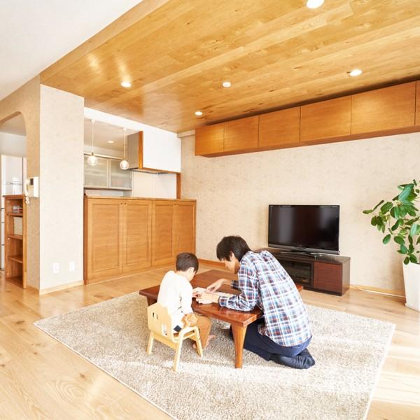 心地よいシンプルな暮らし。家族の笑顔が生まれる場所に|U邸